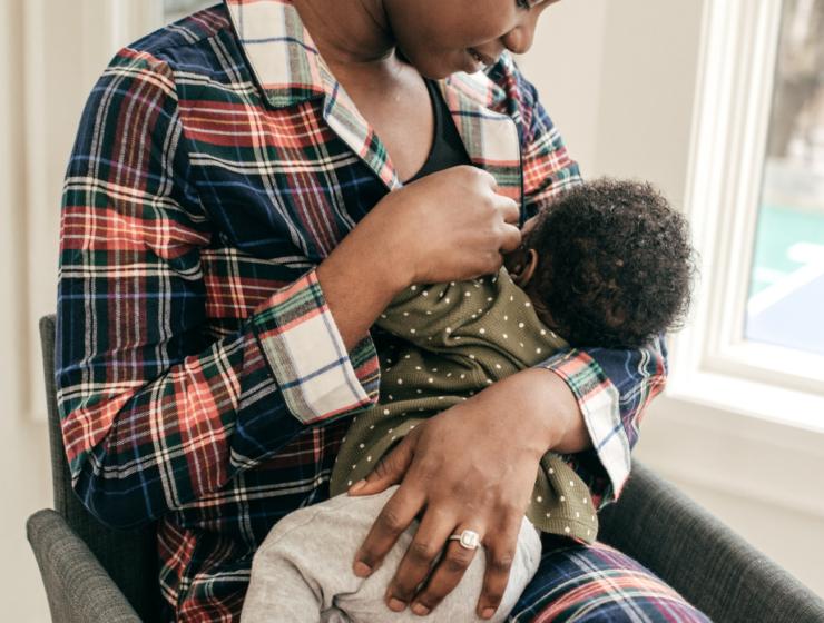 sad mom breastfeeding